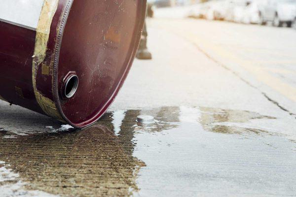 Oil tank leak on the floor